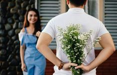 Love your romantic life. BOMBOMDA brings you best dating, marriage, relationship advice and tips on how to have best sex for your life. Make Him Miss You, A Guy Like You, Oracion A San Antonio, Wedding Week, Dating Advice For Men, Dating Tips, Dating Rules, Romantic Love, Romantic Ideas