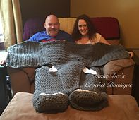 Ravelry: Bulky Elephant Blanket for Two pattern by Dana Draves