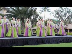 Learn why hula resounds around the world. Think of Hawaii and one of the first images likely to appear is that of the beautiful and graceful hula, the dance . Tahitian Dance, Polynesian Dance, Stretches For Flexibility, Hula Dancers, Surfer Magazine, Spinning Workout, Bridesmaid Dresses, Wedding Dresses, Belly Dance