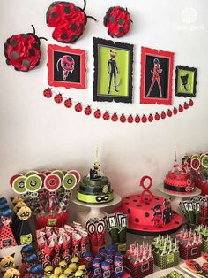 Dimequesi 's Birthday / Ladybugs - Miraculous Ladybug birthday party at Catch My Party Ladybug Cupcakes, Meraculous Ladybug, Ladybugs, 9th Birthday Parties, 4th Birthday, Frozen Birthday, Birthday Ideas, Miraculous Ladybug Party, Bday Girl