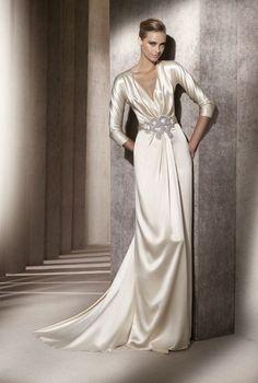Silky vintage wedding gown