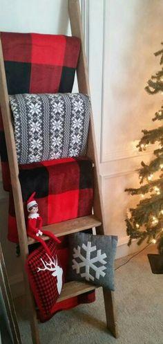 Diy Quilt Ladder Crafting Fireplaces And Blanket Ladder