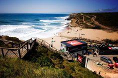 Praia da Ribeira d'Ilhas em Portugal #viagem #lisboa #portugal