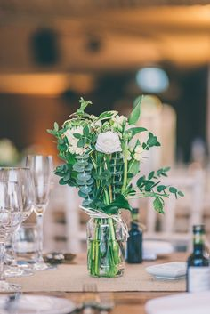 Elmore Court Winter Wedding – Gillyflower Flowers