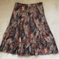 "Alberto Makali animal print skirt Alberto Makali animal print skirt. Left side zipper. Hangs 30 1/2"" long. Hand wash or dry clean. Alberto Makali Skirts"