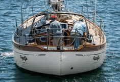 A Pretty Perfect Panda Wooden Sailboat, Wooden Boats, Used Sailboats, Hans Christian, Boat Design, Power Boats, Canoe, Sailing Ships, San Diego