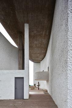 Ronchamp   Le Corbusier   Ronchamp, France   1954