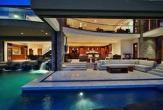 Contemporary Great Room with Indoor/outdoor living, limestone floors, Jewel of kahana, West maui, hawaii, Cathedral ceiling