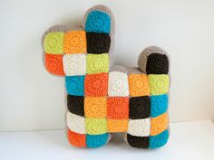 Patchwork Dog pillow tutorial by plus3crochet. Would also make a great doorstopper. Cute!