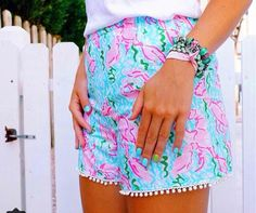These lobstah roll shorts from custom Lilly are to die for