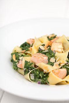 Rezept für Pasta mit Spinat und Lachs - mediterran-kochen.de
