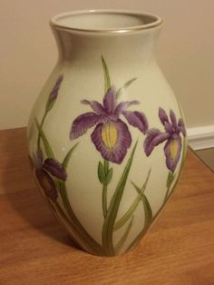 "Andrea by Sadek- 10"" purple Iris Handpainted ceramic Vase Gold Trim Signed #7710"