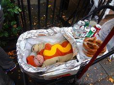 passeggino mascherato da carretto degli hotdogs