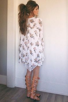 Women's fashion | Oversize floral dress, strapped high sandals and ponytail