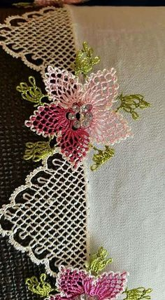 Needle Lace The moment Ifirst laid eyes on oya needlework was not as profound as one might imagine. Needle Tatting, Needle Lace, Bobbin Lace, Cross Stitch Needles, Cross Stitch Embroidery, Hand Embroidery, Crochet Unique, Beautiful Crochet, Crochet Flowers