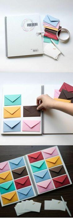 ideas para san valentin, regalo romantico, cuaderno blanco con sobres pequeños de color pegados para mensajes de amor #cartasromanticas