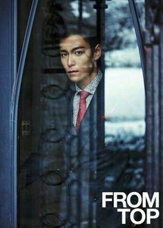 Wanna watch BIGBANG's concert so bad to see T.O.P live in the flesh and GD. Tho I'm an E.L.F.