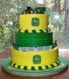since I'm taking cake decorating classes, and my hubby loves his John Deere hobby tractor.this might be his next birthday cake! John Deere Baby, Pretty Cakes, Beautiful Cakes, Amazing Cakes, Deer Cakes, New Holland, Girl Cakes, Fancy Cakes, Creative Cakes