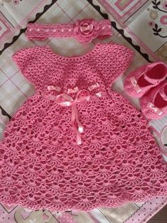 Handmade crochet baby dress 2014 princess dress design for baby girl sleeveless hollow out sweater dresses, View Handmade crochet baby dress Smile Product Crochet Toddler Dress, Crochet Baby Dress Pattern, Baby Dress Patterns, Baby Girl Crochet, Crochet For Kids, Crochet Baby Mittens, Baby Knitting, Crochet Yarn, Knitted Baby Clothes