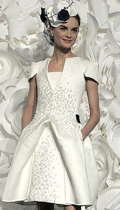 Un truc à plumes... Le cas de la robe de mariée | Le Cas Stelda - blog mode et chroniques