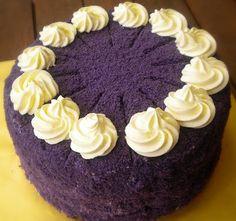 My favorite filipino cake! I should start practicing! =) Heart of Mary: Ube Macapuno Cake Recipe Ube Chiffon Cake Recipe, Ube Macapuno Cake Recipe, Yema Cake, Ube Cake Red Ribbon Recipe, Ube Cake Recipe Easy, Ube Cupcake Recipe, Filo Recipe, Pinoy Dessert, Filipino Desserts