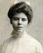 Alice Stokes Paul (Paulsdale, 11 gennaio 1885 – Filadelfia, 9 luglio 1977) è stata un'attivista statunitense e una delle leader del movimento americano delle suffragette.    Insieme all'amica Lucy Burns ed altre donne condusse una campagna per il diritto di voto delle donne. Questo diritto fu sancito nel 1920 con il Diciannovesimo Emendamento della Costituzione degli Stati Uniti d'America.
