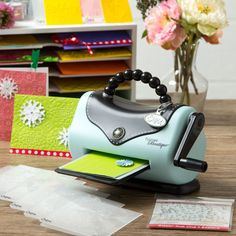 Sizzix Texture Boutique Embossing Machine + 10 bonus Folders & Rub On's. - Overstock™ Shopping - Big Discounts on Sizzix Die Cut Machines