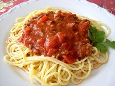 World Famous Spaghetti Recipe - Food.com We have been making this for years.  It's awesome. Omit sugar. / Tomato Tuesday