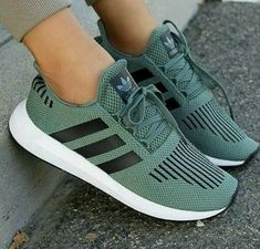 premium selection 5f0b7 0d850 I love my sneakers Pink Adidas Shoes, Sneakers Adidas, Nmd Sneakers, Cool  Adidas
