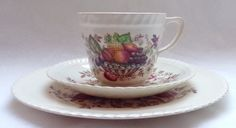 """Vintage Johnson Brothers England, Windsor Ware, """"Pomona"""", Tea cup, Saucer and Dessert/Side Plate TRIO by MarySoBritish on Etsy"""