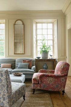 News and Trends from Best Interior Designers Arround the World Furniture, Room, Home Living Room, Room Inspiration, House Interior, English Decor, Living Room Inspiration, Interior Design, Home And Living