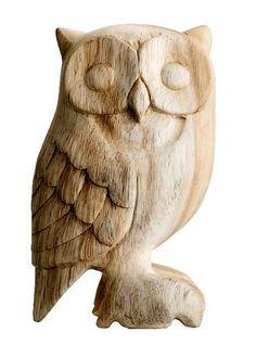 Hibou en bois sculpté