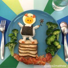 Esta usuaria de Instagram tiene 4 hijos y le encanta hacer platos creativos que giran en torno a un elemento común: el huevo frito.  A veces se despierta muy