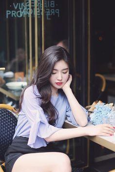milkcocoa(MT) daily 2017 feminine& classy look - Her Crochet Cute Fashion, Asian Fashion, Girl Fashion, Pretty Asian, Beautiful Asian Women, Ideal Girl, Asia Girl, How To Look Classy, Sexy Asian Girls