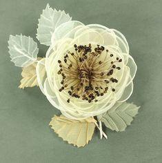Облачная Ваниль. Брошь - цветок ручной работы – купить в интернет-магазине на Ярмарке Мастеров с доставкой