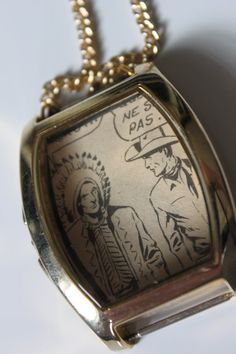 Collier de la Collection Camélia. par VieillesSacoches sur Etsy Camellia, Pocket Watch, Creations, Etsy, Collection, Accessories, Sling Bags, Unique Jewelry, Necklaces