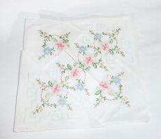 Vintage embroidered handkerchiefs floral cotton hankies set of 6