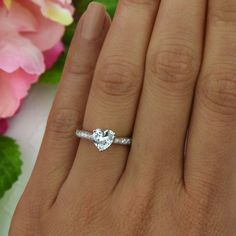 1 ctw Heart Solitaire Engagement Ring