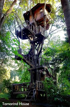 Featuring free WiFi, Rabeang Pasak Tree House offers unique accommodation in Pasak Ngam Village.
