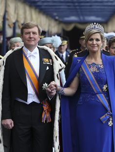 the King and Queen (in blue dress by Jan Taminiau)