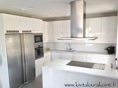 Villa Kivitalo: Valkoinen keittiö