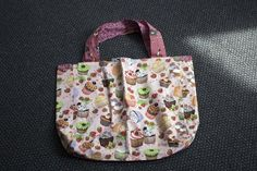 I scream, I scream for Ice Cream Bags! Megan @norton9197 has brought in some beautiful new bags, shorts, dresses and hoodies! Jump onto our website and have a look! #ChildrensClothes #vintage #repurpose #handmade  http://buff.ly/2e25xCV