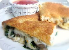 Six Sisters' Stuff: Three Cheese Mushroom and Spinach Calzone Recipe