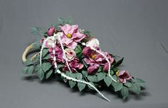 Dekoracja nagrobna Funeral, Floral Wreath, Crown, Wreaths, Flowers, Crafts, Decor, Ideas, Flower Crowns