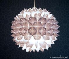 Do it yourself! Origami lamp / Origami pendant lamp / Casa Haus - Do it yourself Diwali Lantern, Origami Lamp, Pendant Lamp, Decoration, Lanterns, Table Lamp, Diy, Ceiling Lights, Lighting