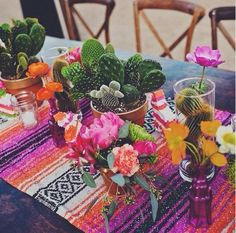 A Cinco de Mayo party is the perfect time to get creative with these fun, DIY decoration ideas. Check out some of our favorite decor ideas and festive party decorations for your Cinco de Mayo fiesta. Party Fiesta, Festa Party, Fiesta Party Centerpieces, Taco Party, Mexican Wedding Centerpieces, Party Party, Table Centerpieces, Party Tables, Banquet Tables