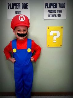 This Is How You Do A Geeky Baby Announcement Mario Style