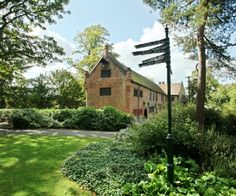 Tudor Barn Eltham, Well Hall Pleasaunce - Tudor Barn Eltham is situated in 13 acres of the beautiful Well Hall Pleasaunce and surrounded by a medieval moat. Tudor Barn Eltham wedding venue in Eltham, London, Greater London