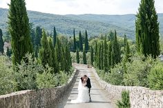 Tina and Chris, from India and the UK, celebrated their dual culture destination wedding over two days at an amazing castle in Italy's Chianti region.