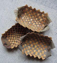 Pajunkuori-tuohimaljoja Willow bark-birch bark bowls Anna-Maria Väätäinen